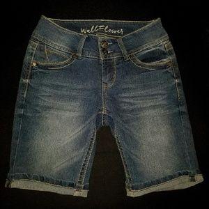Juniors Wallflower Denim Shorts Size 1